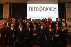 TURCOMONEY Dergisi tarafından düzenlenen TÜRKİYE'YE DEĞER KATANLAR ödül töreni gerçekleştirildi.