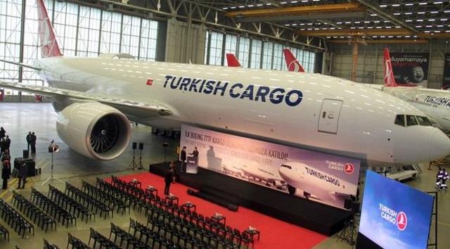 THY'nin yeni uçağı teslim edildi