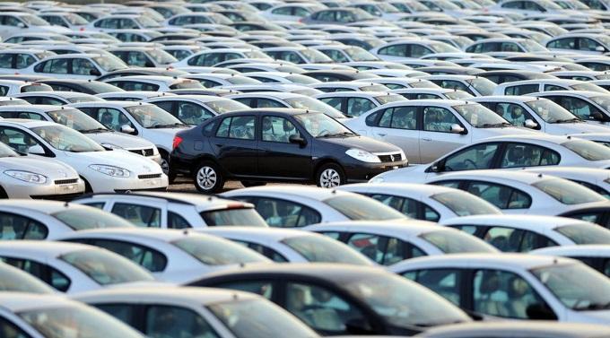 Otomobil satışlarında keskin düşüş