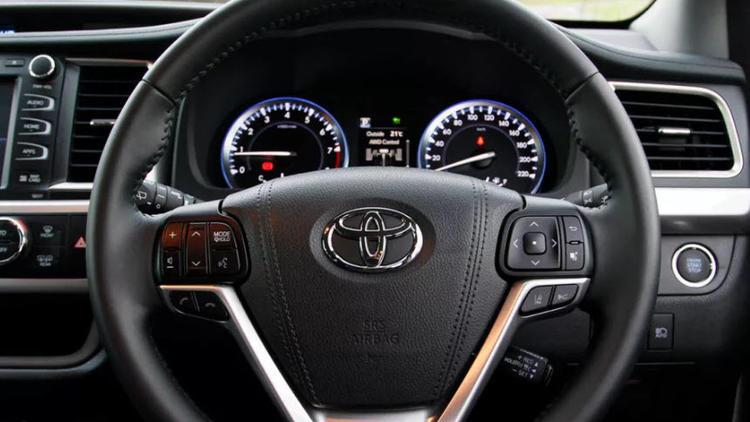 Toyota, 2.4 milyon aracı geri çağırdı