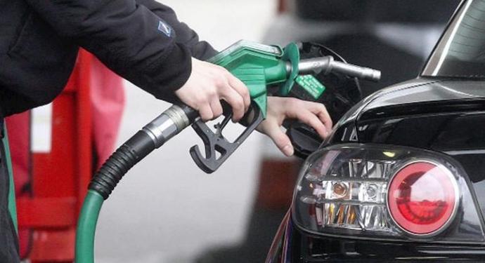 Benzin ve motorine yeni indirim