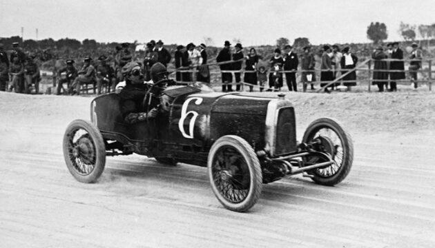 Aston Martin yeniden F1'de!