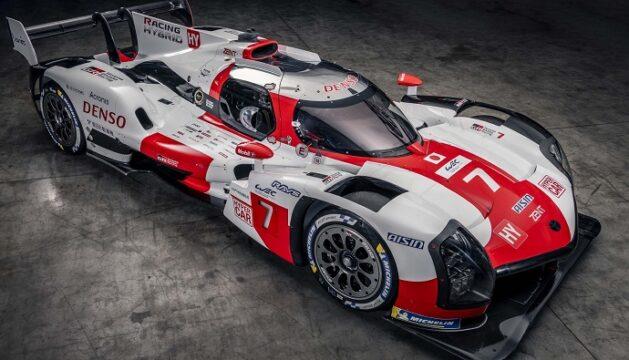 Toyota yeni yarış aracını tanıttı